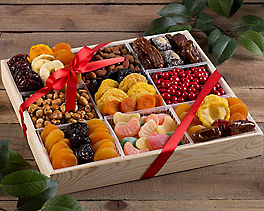 Suggestion - Deluxe Dried Fruit and Nut Platter
