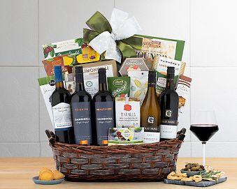 Grand Canadian Celebration Gift Basket